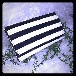 Kut from the Kloth Striped Wallet